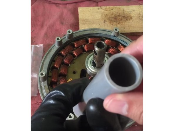 Replacing the ball bearing in Squeaky Ceiling Fan - iFixit