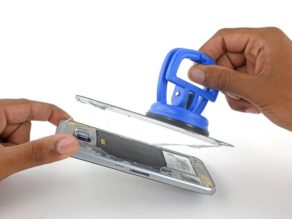 Image 2/3: Follow [https://www.ifixit.com/Guide/Samsung+Galaxy+S6+Edge+Rear+Glass+Adhesive+Replacement/47490|this guide] to reinstall the rear glass.