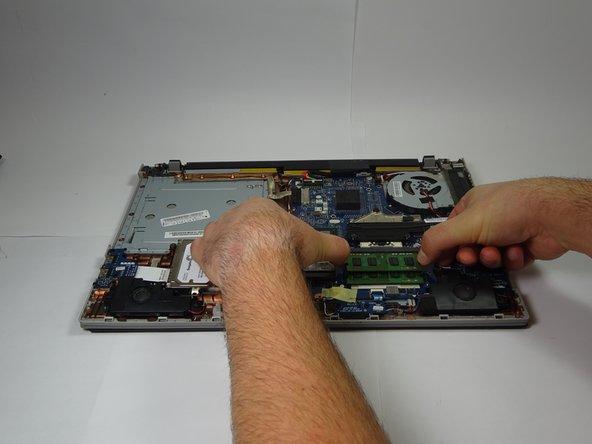 Lenovo IdeaPad P500 RAM Replacement