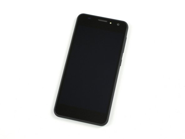 5-inch HD IPS display with a resolution of 1280x720 pixels (293,72 ppi)