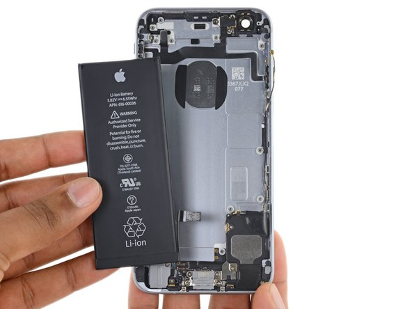 Image 1/1: When installing the battery, refer to [https://www.ifixit.com/Guide/iPhone+Battery+Adhesive+Strips+Replacement/56465|this guide] to replace your battery's adhesive strips.