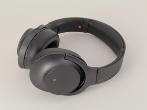 Sony H.ear On 2