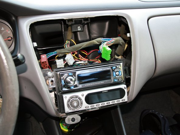Image 2/2: Center dash can now be fully removed.
