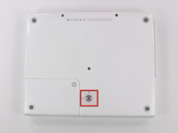 "iBook G4 12"" 1.33 GHz Battery Replacement"