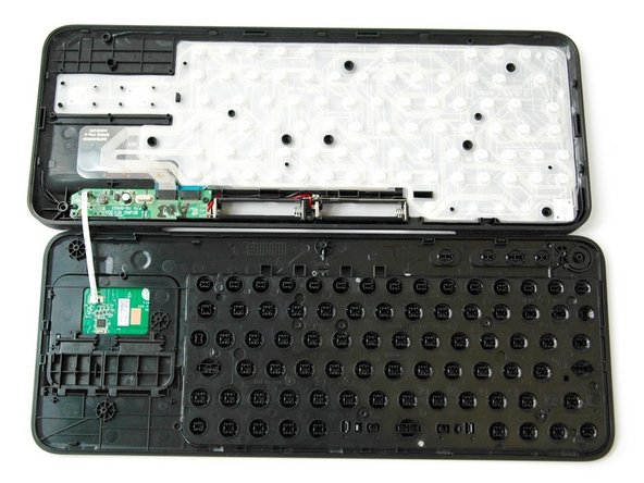 Logitech Harmony Smart Keyboard Back Panel