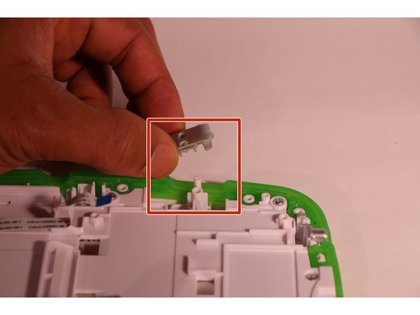 Image 1/1: This does not require any tool, just lift them out and put them in a secure place.