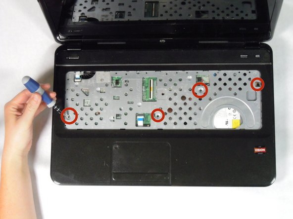Disassembling HP Pavilion g7-2275dx Front Panel