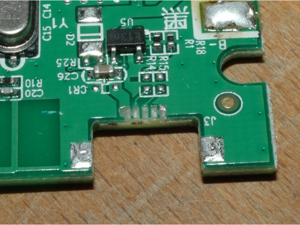 and the only reason to repair: the broken off (badly soldered) USB connector.