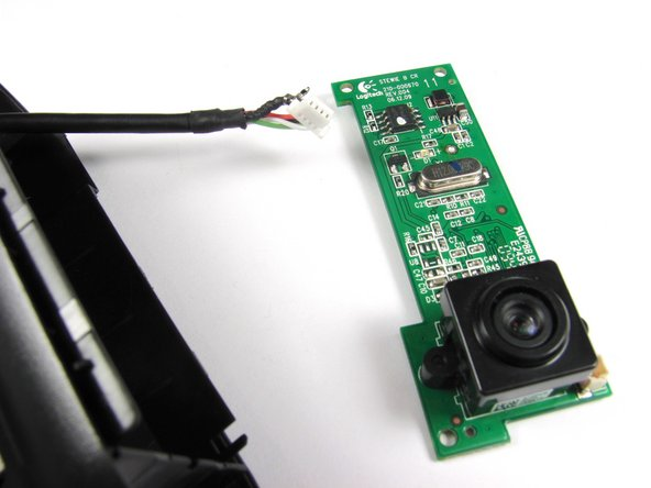 Image 2/2: Follow this [guide|750|link] to learn how to properly solder and desolder your parts.