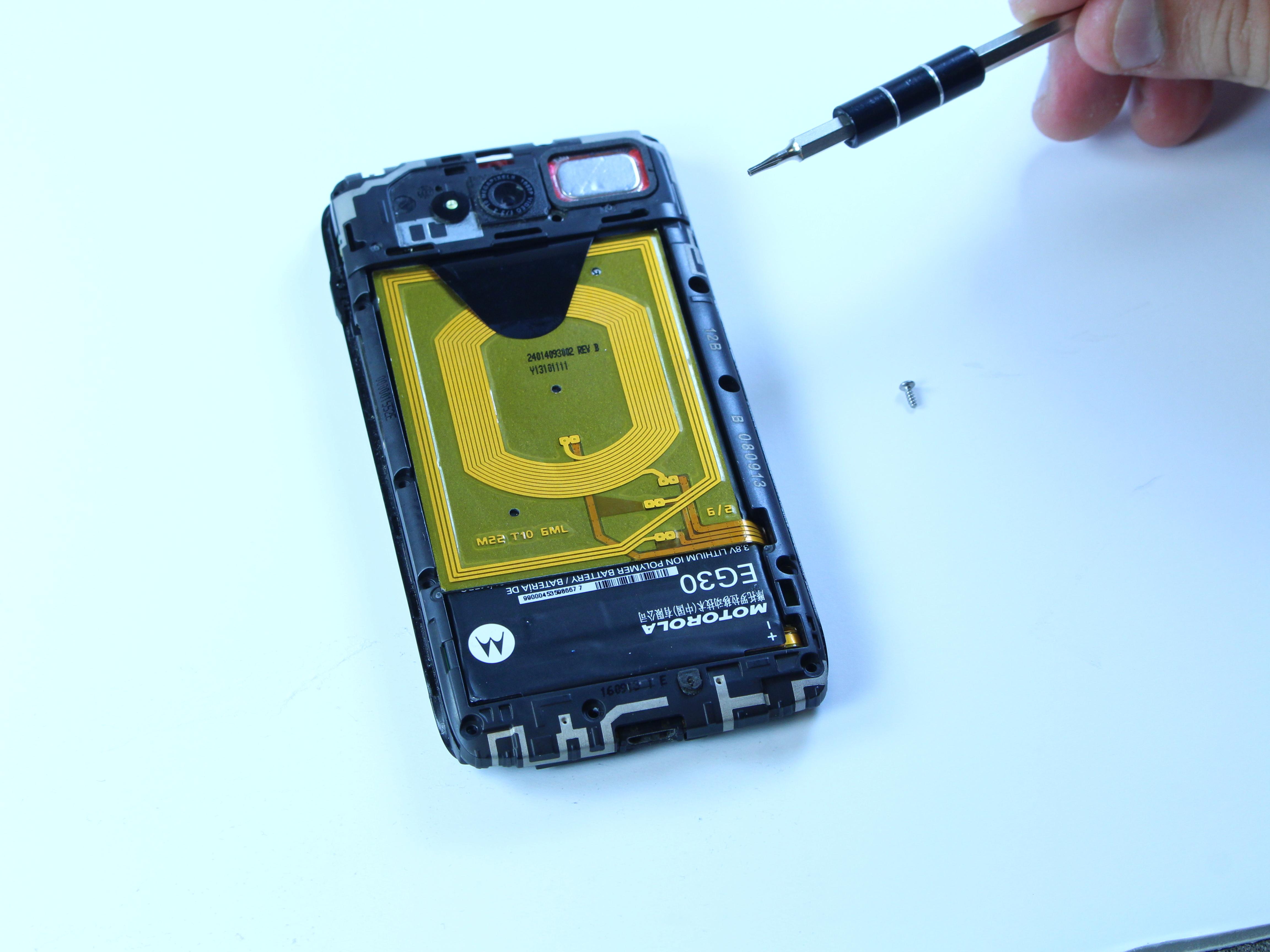 Motorola Droid Mini Camera Replacement - iFixit Repair Guide