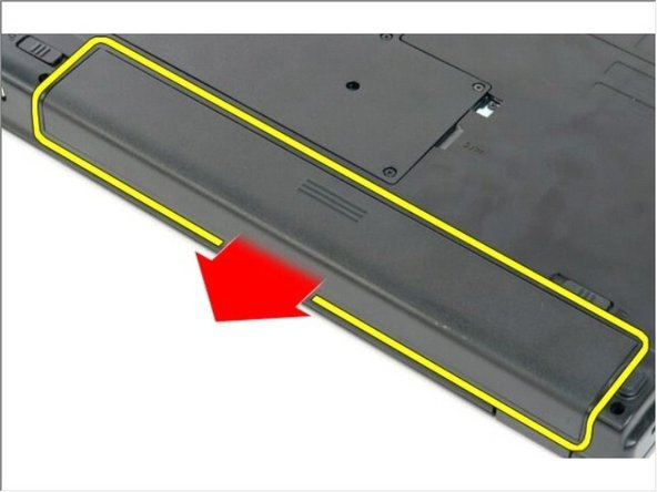 Deslice la batería hacia la parte posterior de la computadora para extraerla.