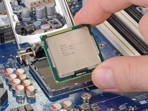 Fake rumor confirmed: our Z1 did, in fact, come with an Intel Core i3 2120 processor, running at 3.30 GHz.