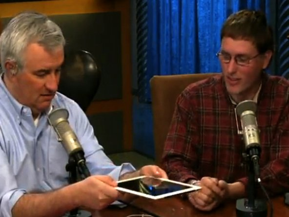 iFixit CEO meets with Leo Laporte from TWit