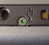 What screw do I need to remove the top screw? - PSP 300x - iFixit