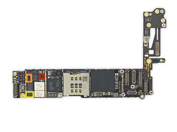 Altre IC sul lato frontale della scheda logica: