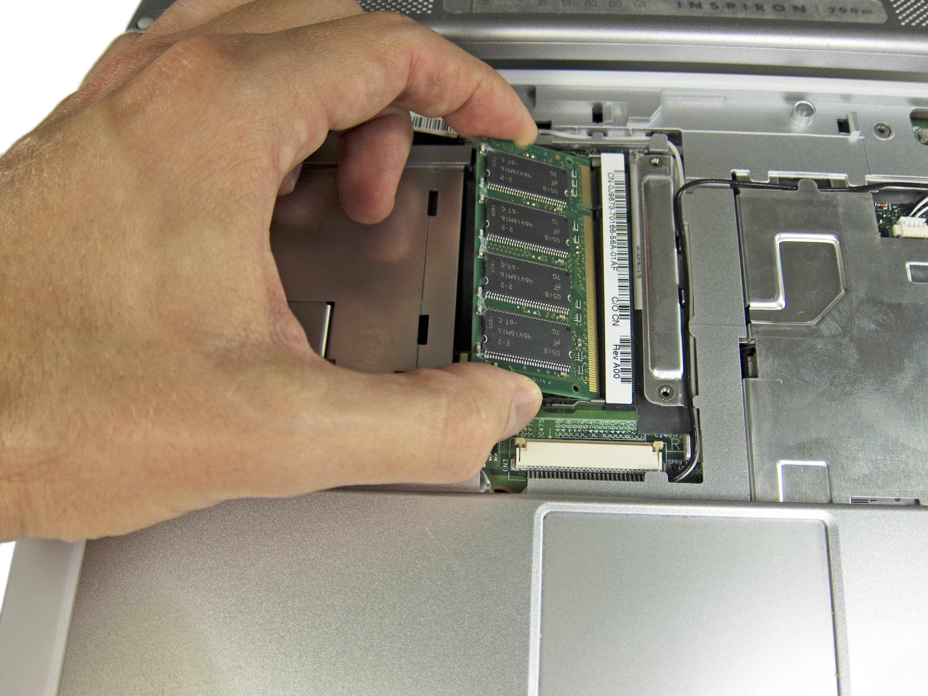 Dell Inspiron 700m RAM Replacement