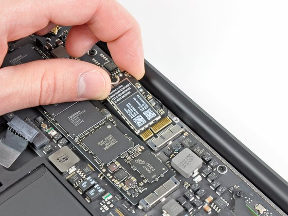 "MacBook Air 13"" Late 2010 AirPort/Bluetooth Card Replacement"