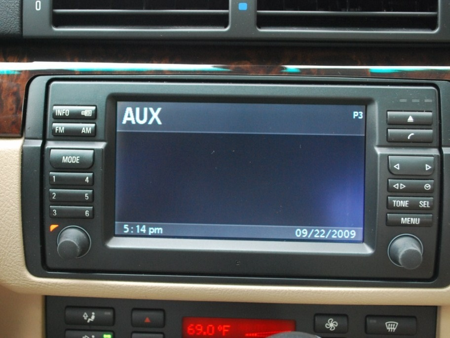 Installing BMW OEM Aux cable in 2003 BMW 5 Series - iFixit Repair Guide