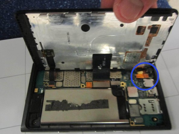 Nokia Lumia 900 Front Camera Replacement