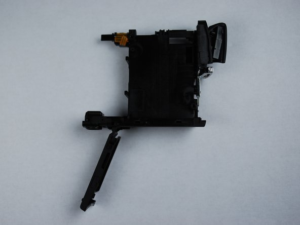 Canon PowerShot SD870 IS Card and Battery Slot Replacement
