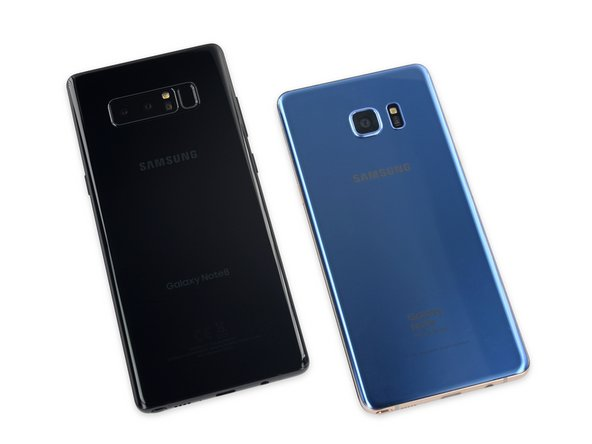 But first, a quick exterior comparison of the Note8 and Note7 Fan Edition reveals a bigger display, slimmer bezels, and a fingerprint sensor that has migrated to the back of the phone—where it's now joined by not one, but two cameras.