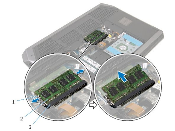Alienware 17 R2 Memory Modules Replacement