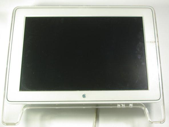 Démontage de la charnière de l'affichage du Apple Cinema Display M8149