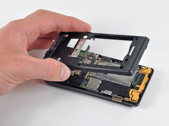 Lift the rear case up out of the phone.