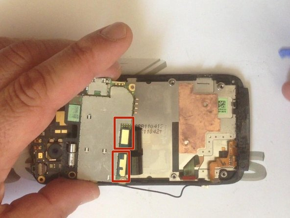 Image 2/3: There are another two cable connector between the main board and the additional upper board.