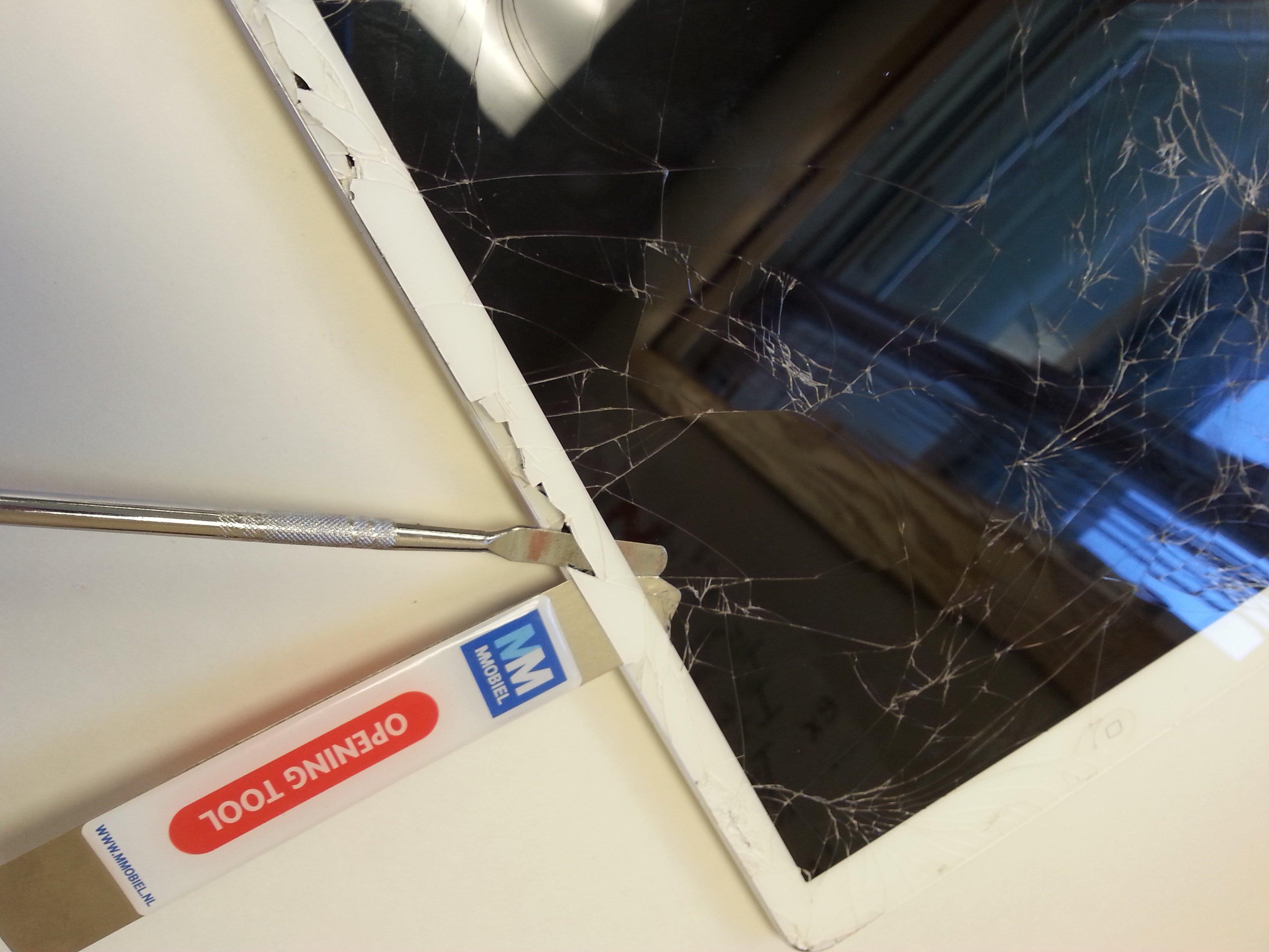 Airscreen Cracked