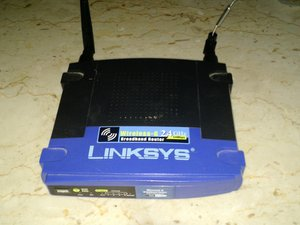 Linksys WRT54GL Teardown