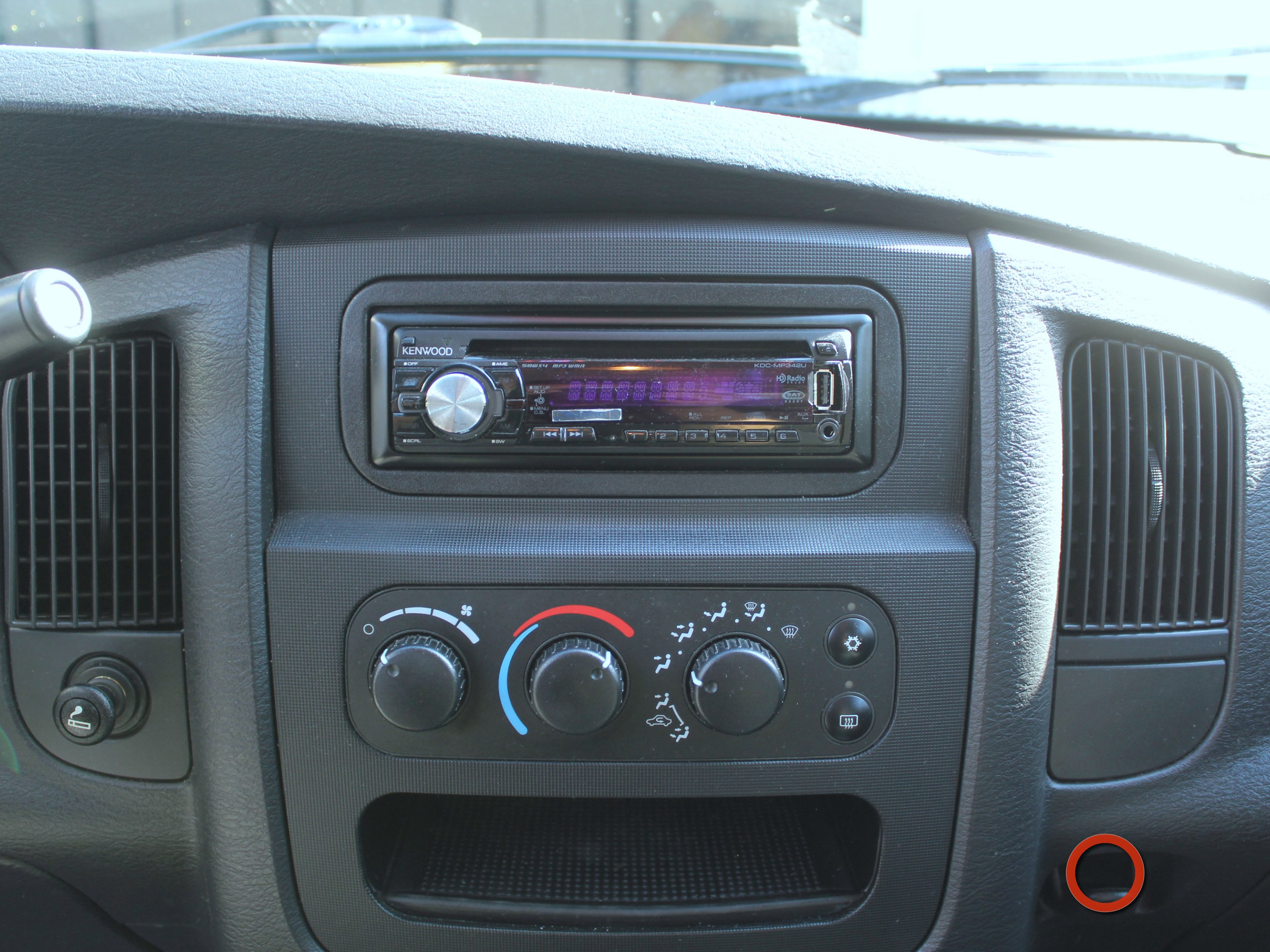 2008 dodge ram radio options