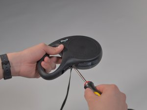 How to Fix a Screw-less Jammed Flexi Retractable Dog Leash