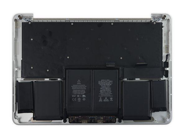交换MacBook Pro13'' Retina显示器 2015早期版本的上部机身组件(C壳)