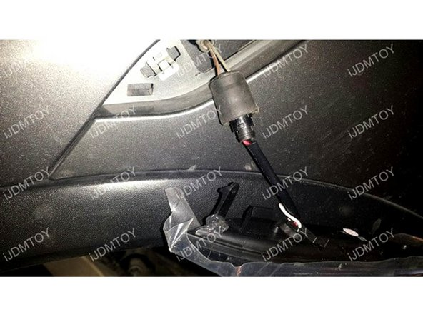 Connect additional white wire to the ACC or Existing LED Daytime Running Lamp Positive