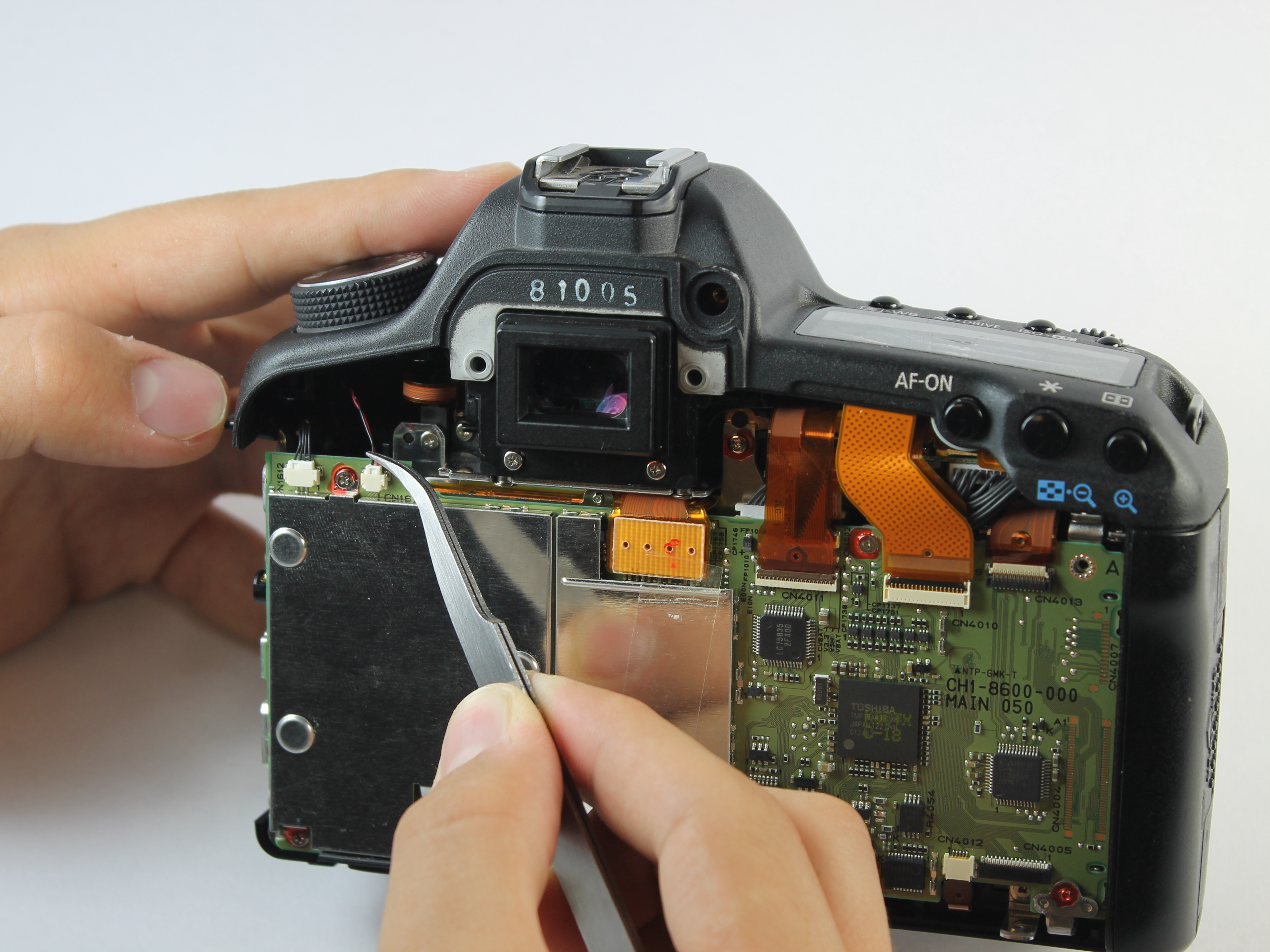 Canon EOS 5D Mark II Repair - iFixit Front Panel