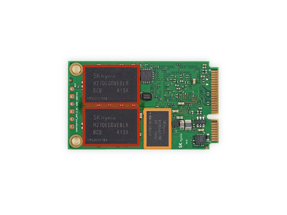 SK Hynix H27QEGDVEBLR 32 GB NAND Flash (four ICs for 128 GB total)