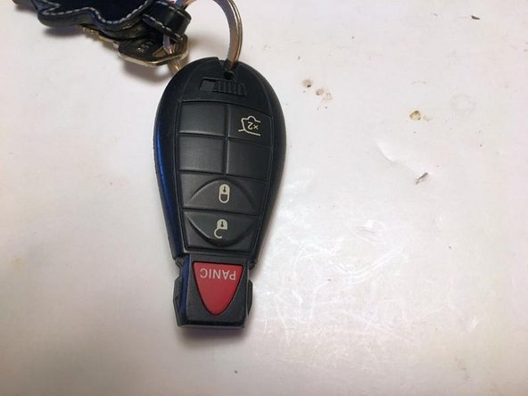 2011-2014 Jeep Grand Cherokee Key Fob Battery Replacement