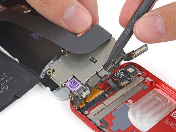 iFixit rozebral iPod touch 6. generace a zjistil podrobné specifikace