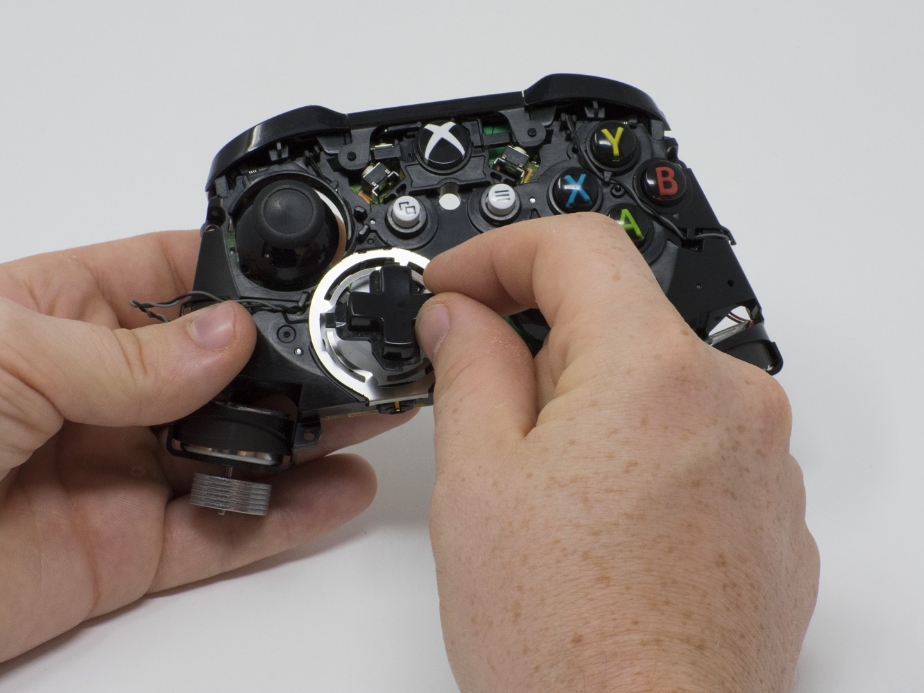 Xbox One Wireless Controller (Model 1708) - iFixit