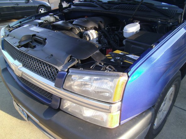2003-2006 Chevrolet Silverado Headlight Bulb Replacement