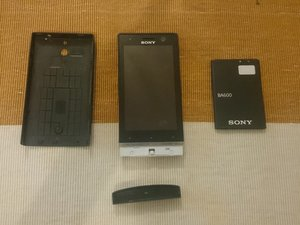 Sony Xperia U Teardown
