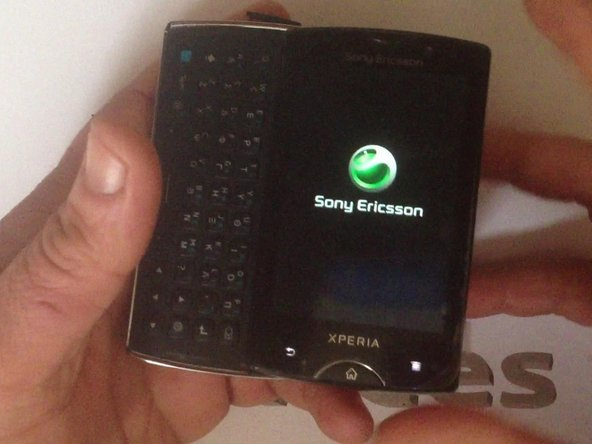 Sony Ericsson Xperia Mini Pro SK17i Touch Screen and LCD Display Replacement