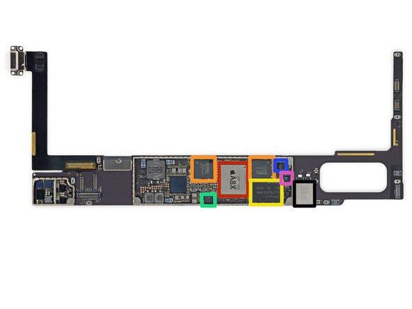 Image 1/2: 64-битный чип APL1012 A8X.