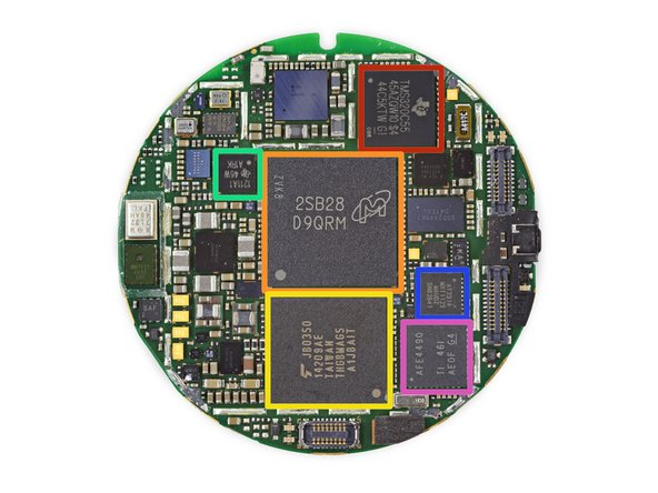 We finally find what's inside the Moto 360's delicious filling—lots of ICs: