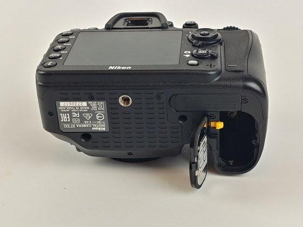 Nikon D7100 Battery Replacement