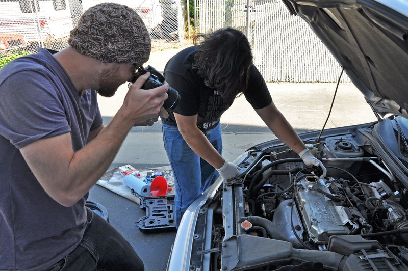 Making a step-by-step repair guide for auto repairs