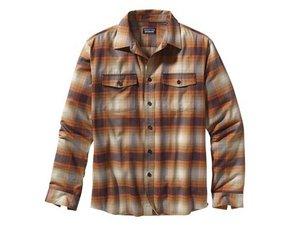 Patagoniaシャツの修理
