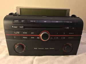2004 Mazda 3 Stereo-CD Player (BN85-66-9RXA) Disassembly