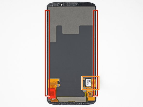 In the following steps, you will separate the display assembly from the Moto Z3's chassis.